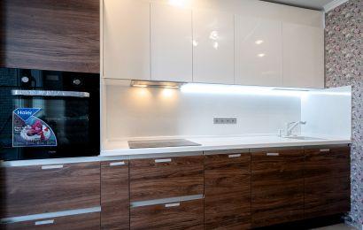 Кухня ВИД317 Акрил-5 Белый металлик/ Тимбер марон